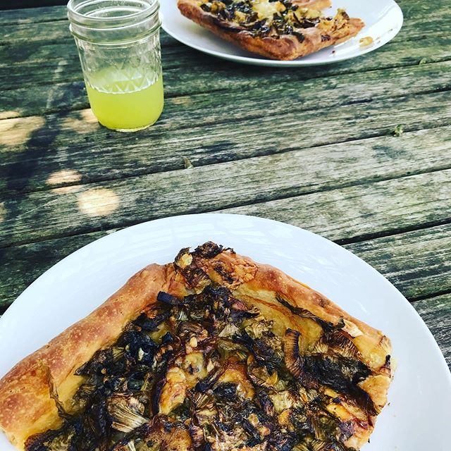 Wood fired pizza and cucumber water to wrap up a hot and tiring week. #pizza #summer2019 #heatwave #farm #outdoorkitchen #localfoods #fromscratch #justwhatineeded
