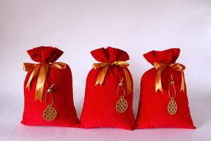 Three Medium Bags - Size: 16