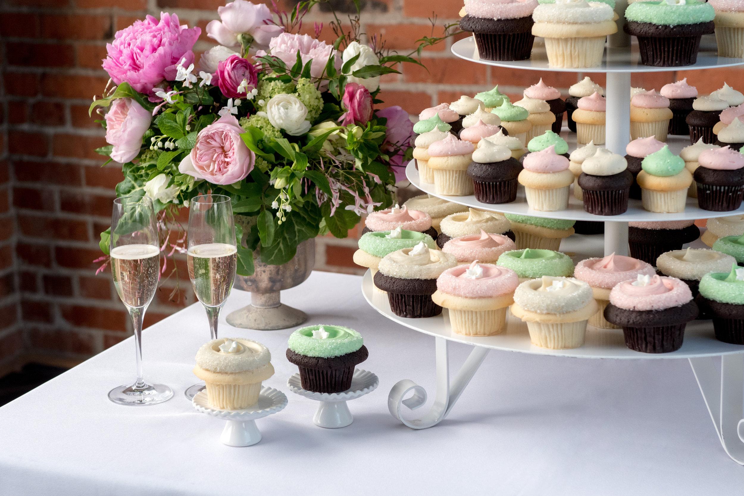 20180327-Wedding Cupcakes-071.jpg