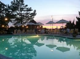 BBTC adult pool.jpg