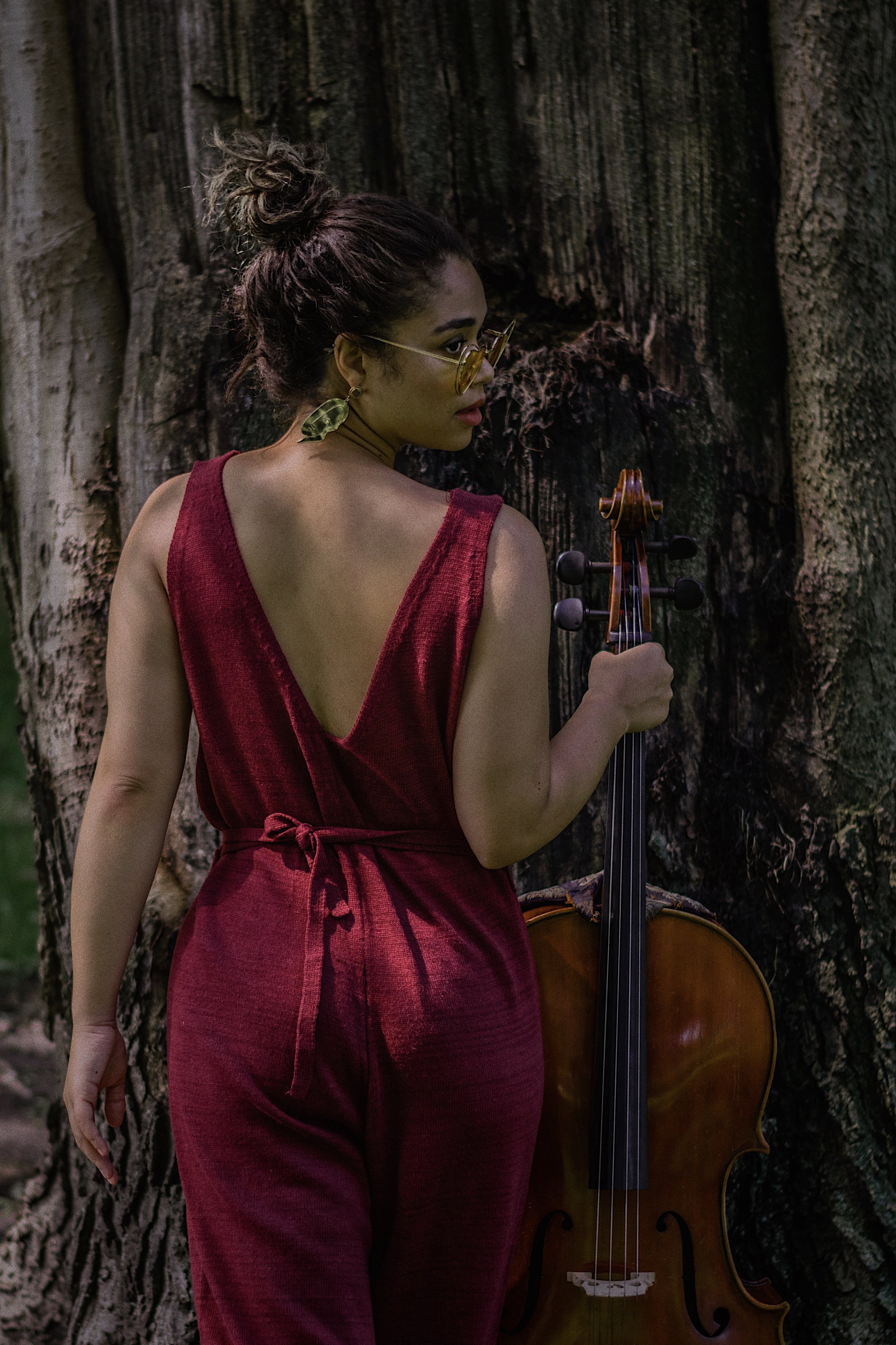 - As a cellist, content creator and entrepreneur , Kadeeja Best has sought to create a platform that fuses classical music with fashion and style in the mainstream media.With what started out as a fun project of self expression on Instagram, Kadeeja, otherwise known as