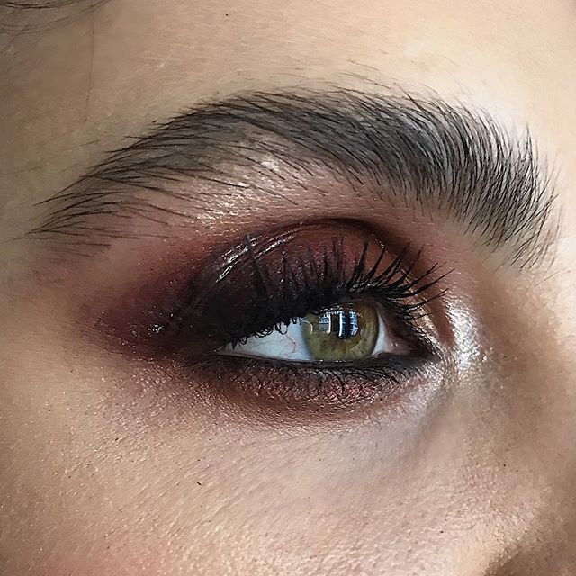Smokey eye on set today 👁Shooting campaign for the new collection of @dauntless_nyc ✨🤘🏻#Nofilter