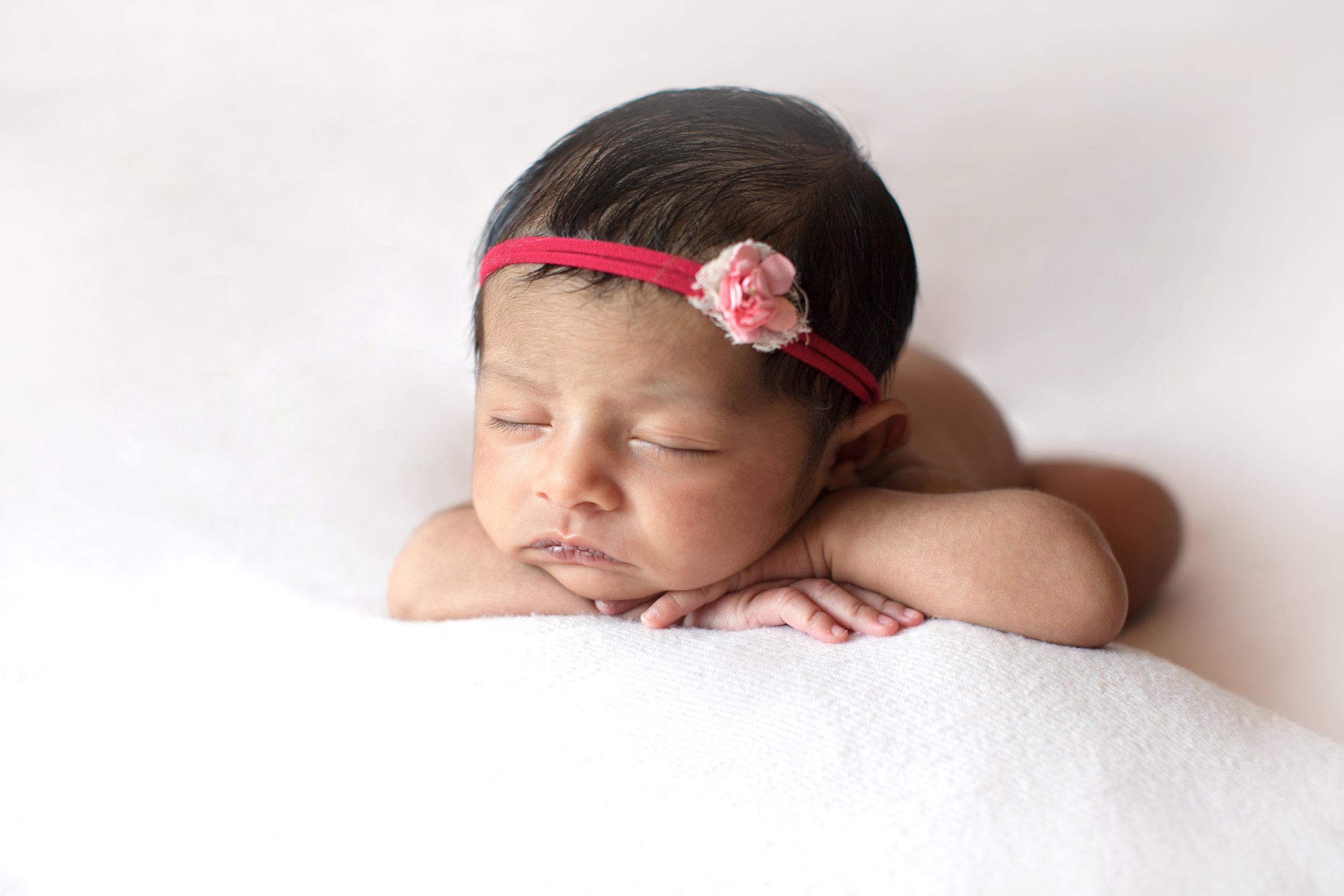 Newborn photos - Calgary Photographer