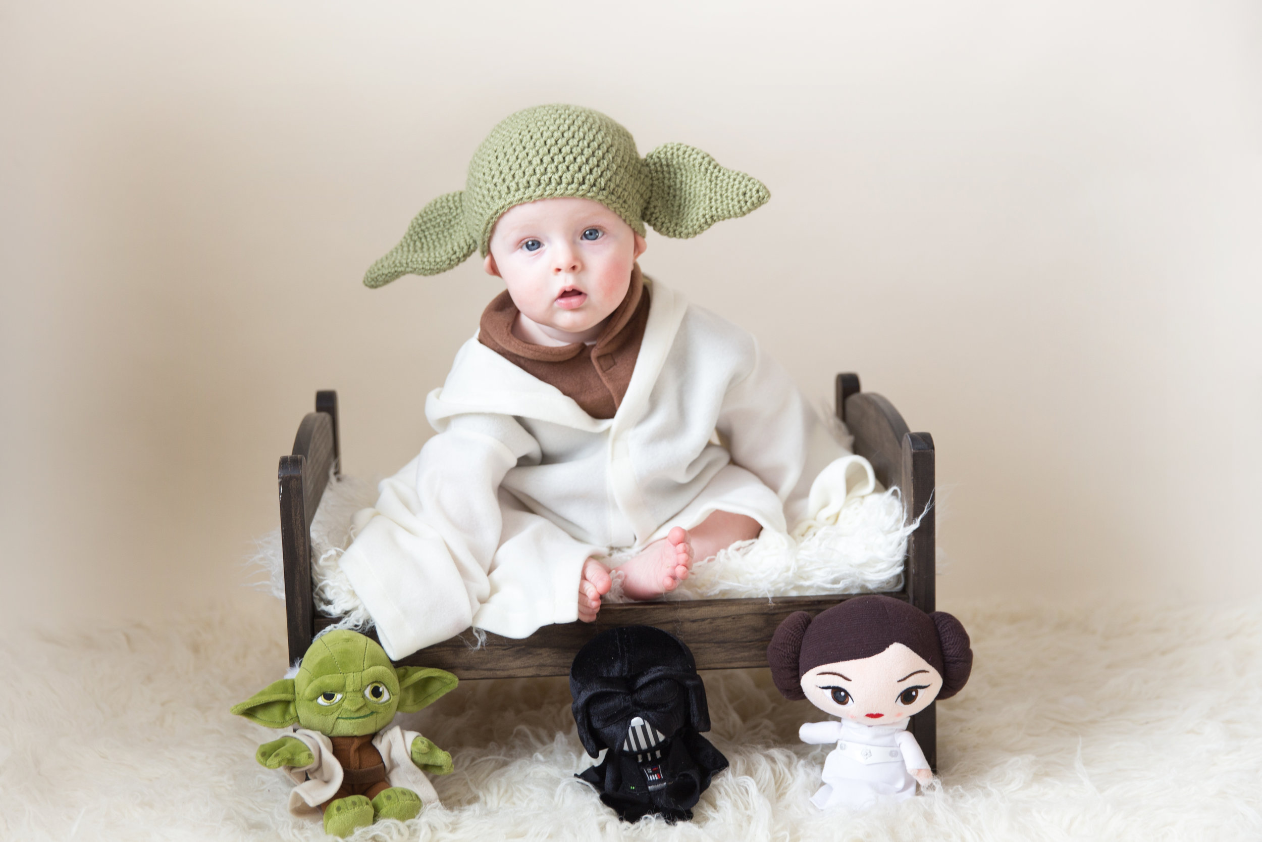 Baby Milestone - Sitter Session - Calgary Photographer