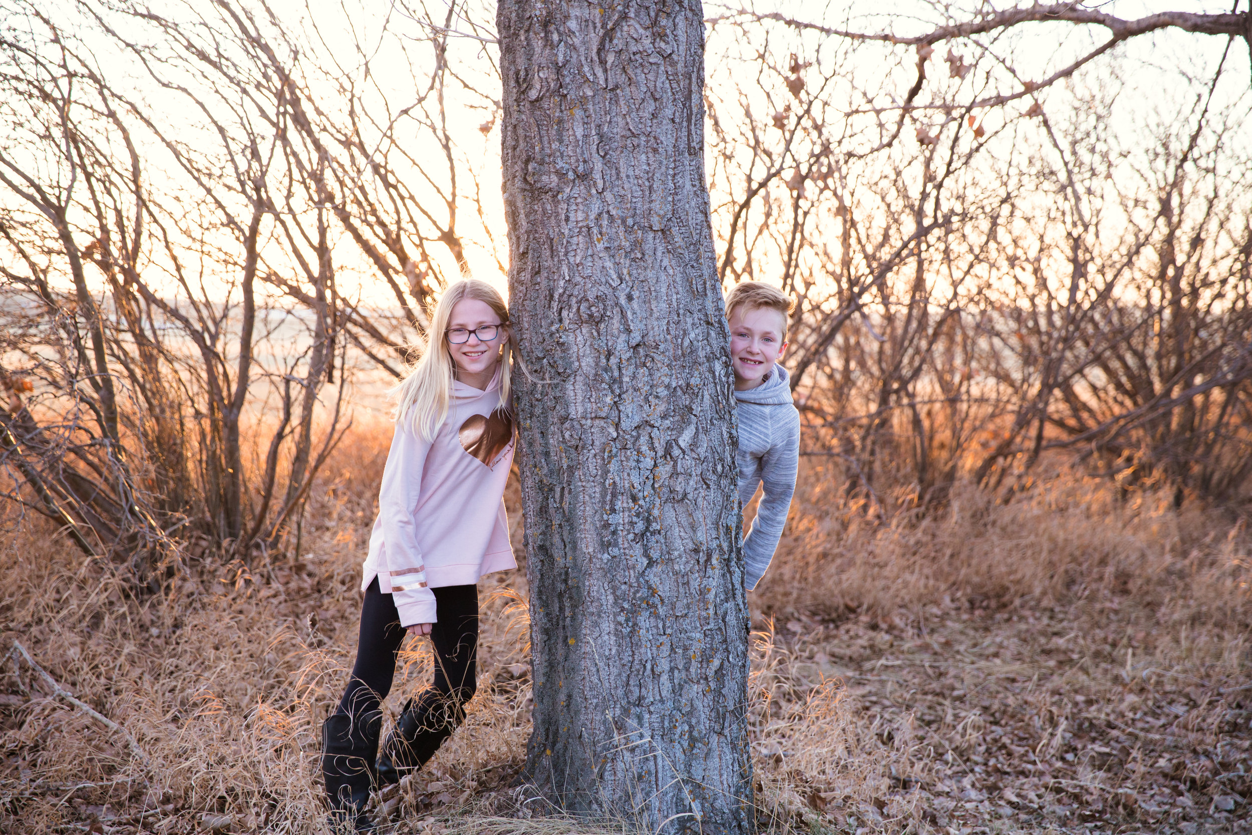 Fun Winter Family Photoshoot - Calgary Photographer