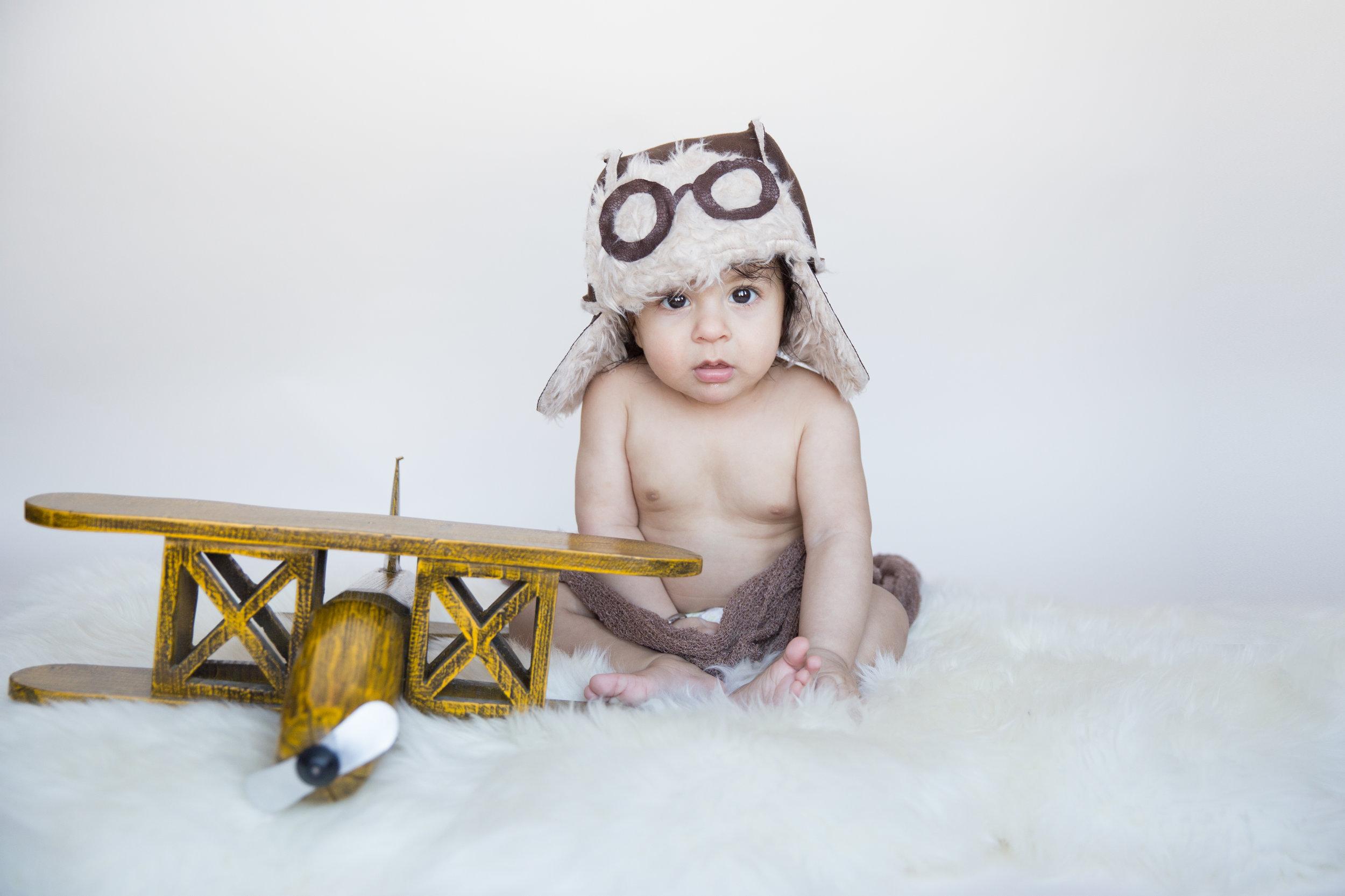 Baby Milestone Session - Calgary Photographer
