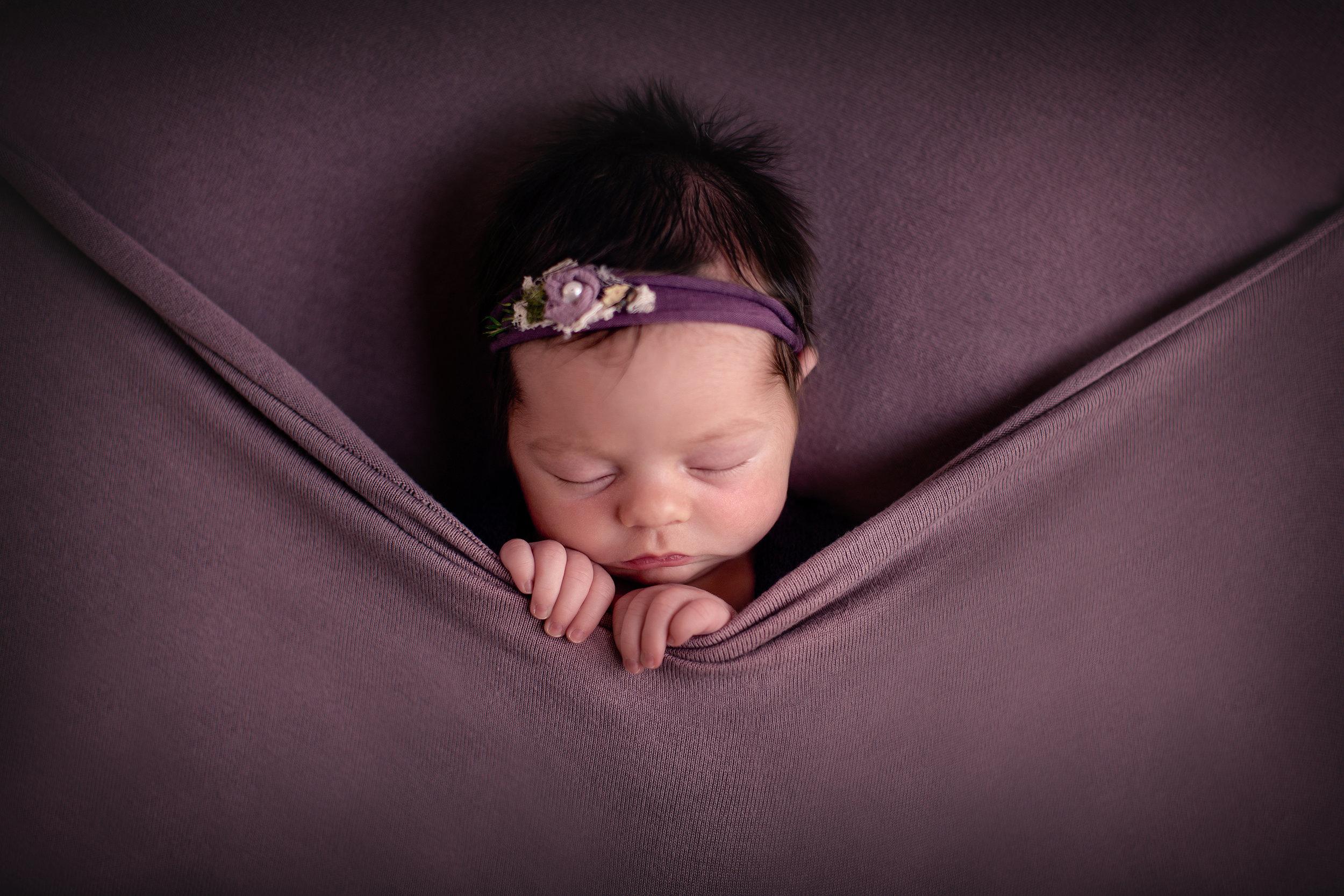Calgary baby photographer copy.jpg