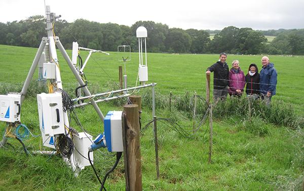 IMG_5528 - instrumentation stations-600px.jpg