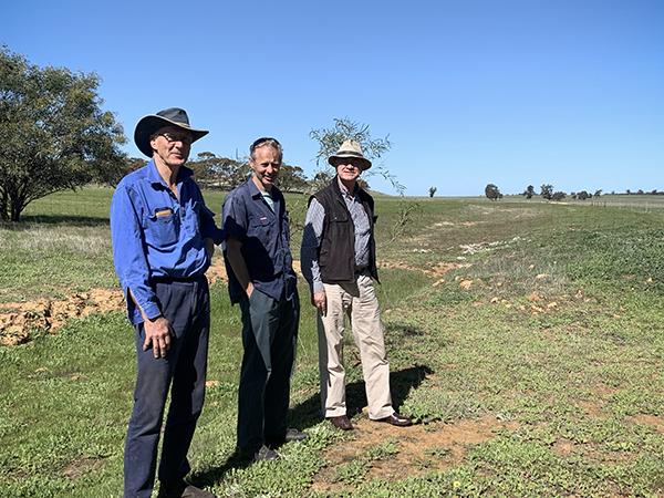 L-R: Gary Lorrimar (Mannabutting Farm), Lance Mudgway (Wheatbelt Hydrology) and Gary Nairn (TMI).