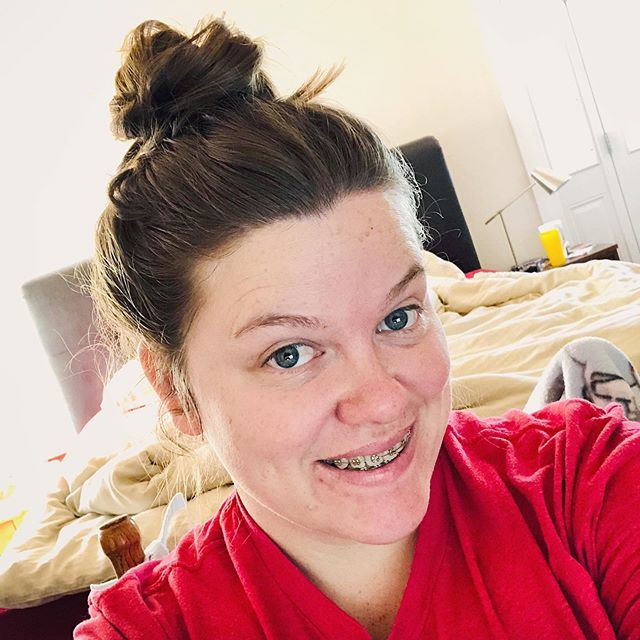 Here's a random #nomakeup, messy bed, stress acne, desk selfie to inspire you today. 😉  Here's to the #bossladies who are killing it and taking each day in stride. And here's also to the ones who are imperfect and killingly anyway(🙋‍♀️)!! I run businessES, manage employees, mother my child, balance my budget and home, all while trying to actually live a joyful life every day (and some days the plates all come crashing down). This is real life! Know that the highlight reels we see on social media are not REAL!  Be inspired today to #killitimperfectly!! Because let me just tell you, nobody is doing it perfect! It just looks that way! All by yourself in your wonderful imperfect glory, you are freaking amazing! ❤️❤️