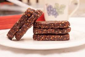 CHOCOLAT ENERGY BAR   Raw chocolat, mix nuts and figs   30K