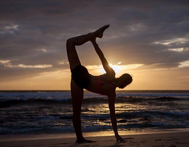 Try yoga in Pronoia community 🧘🏽♀️ . . . . #yogabali#hathayoga#fitness#crossfitbali#pronoiacommunity