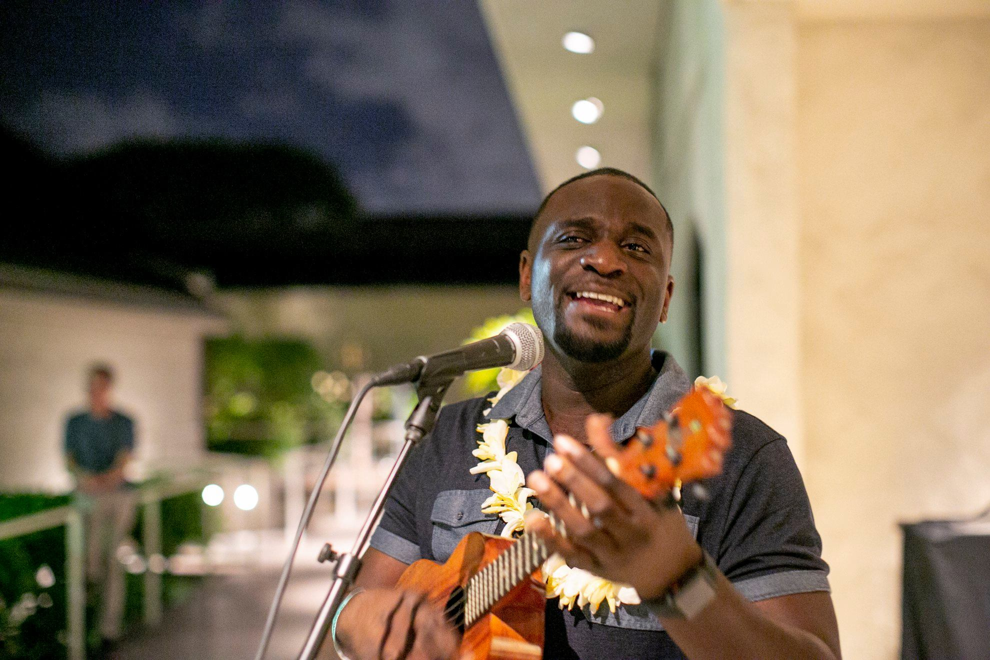 Kamakakēhau Fernandez performs Hawaiian music at the post-event reception in the Luce Pavilion. Photo: Shuzo Uemoto