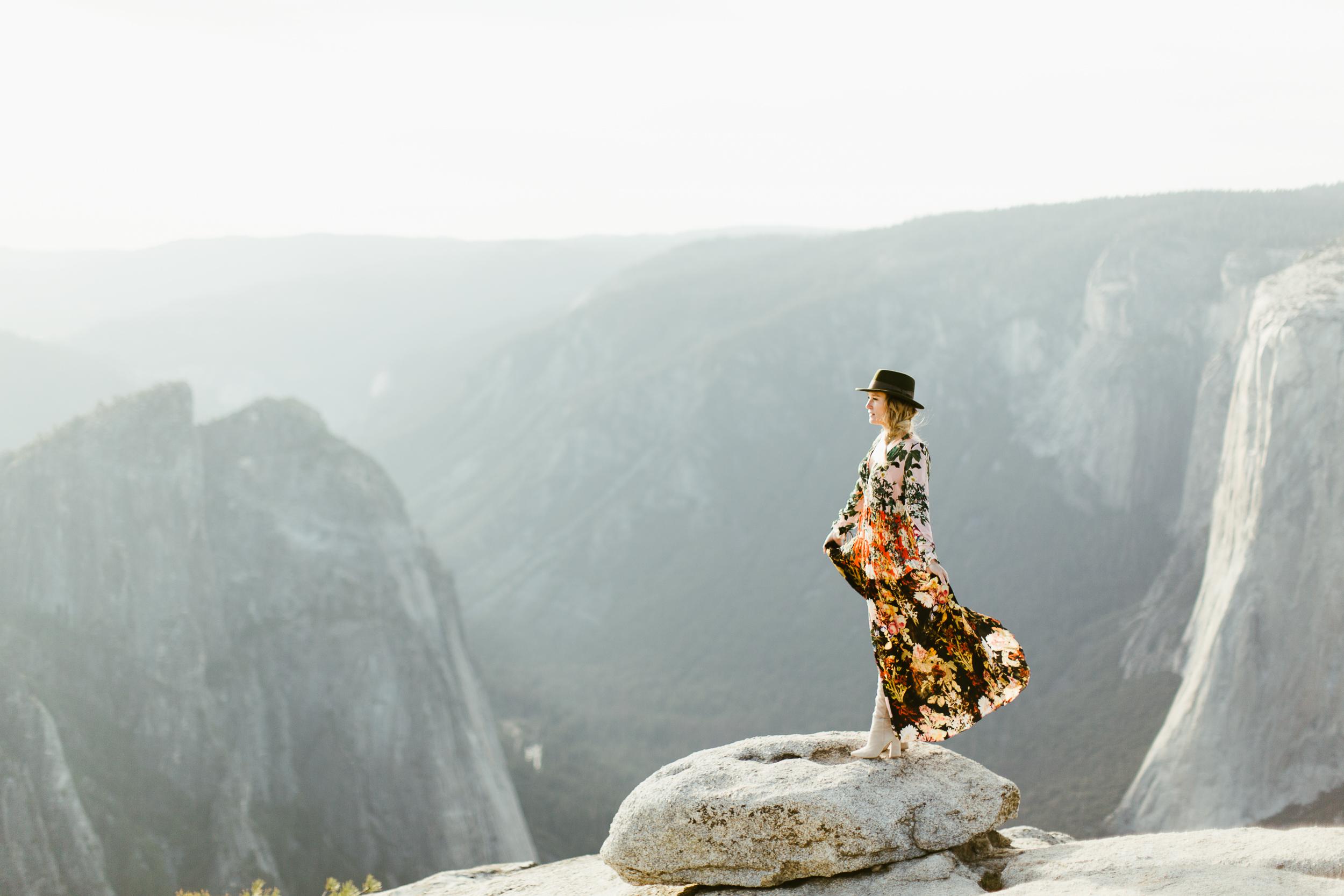 YosemiteElopementPhotographyJacquesFlynnLisaKarst07.jpg