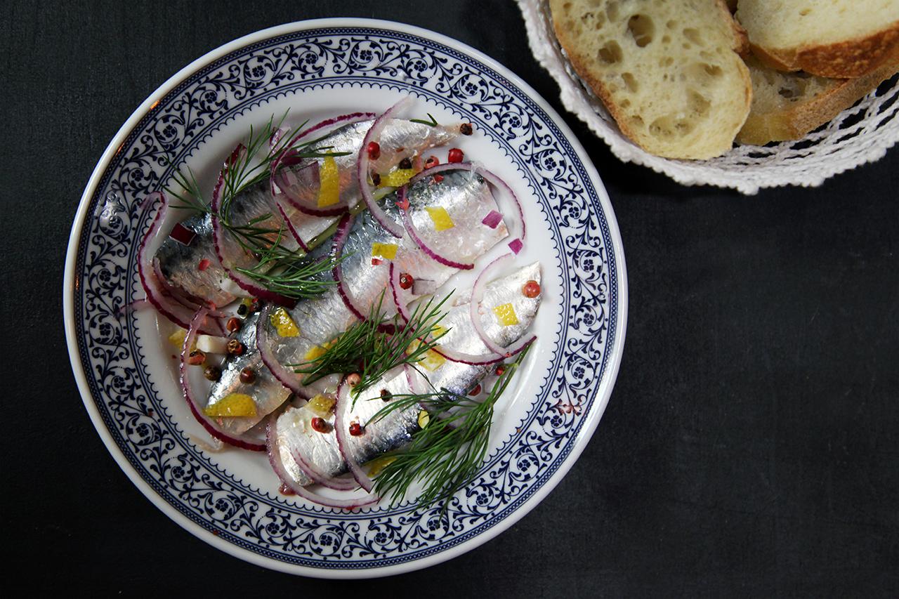 Dentada de sardines marinées