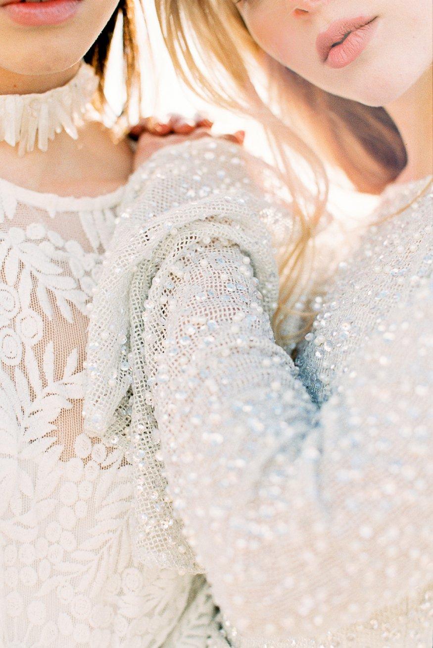 Amanda-Drost-modefotograaf-fashion-photography-editorial-odylyne-weddingdress_0008.jpg
