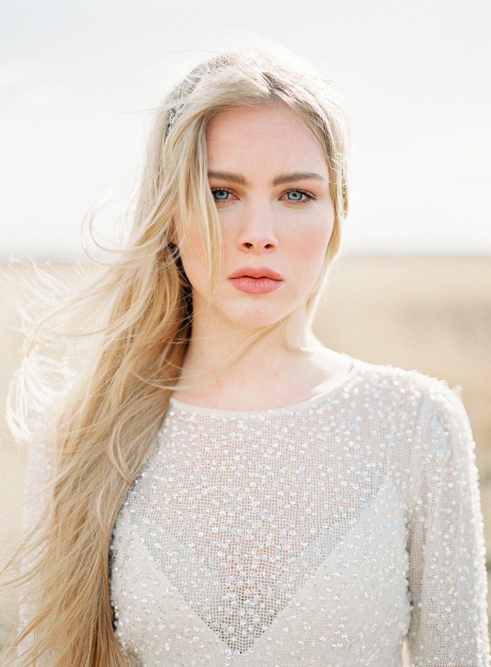 Amanda-Drost-modefotograaf-fashion-photography-editorial-odylyne-weddingdress_0020.jpg
