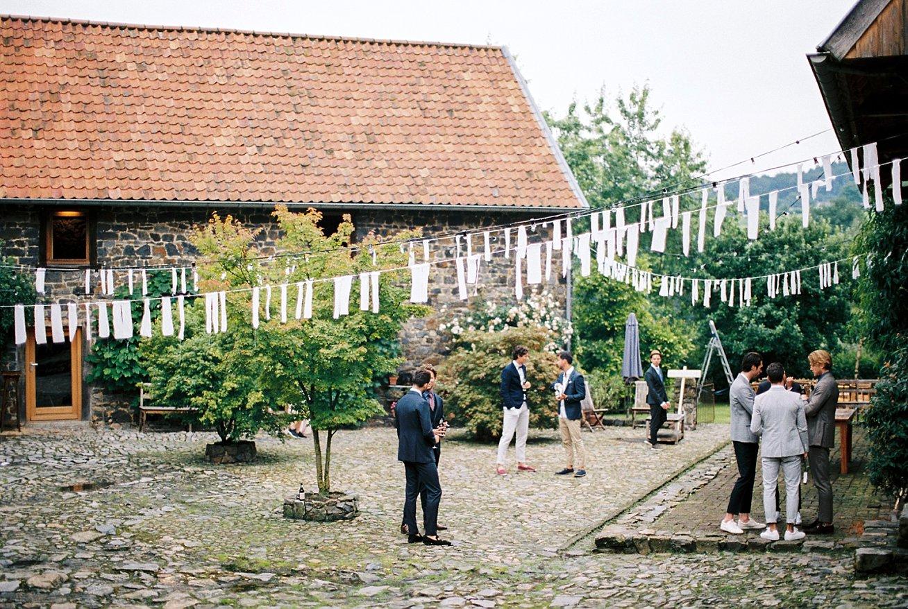 Amanda-Drost-photography-wedding-bruioft-zuid-limburg-hoeve-vernelsveld_0006.jpg