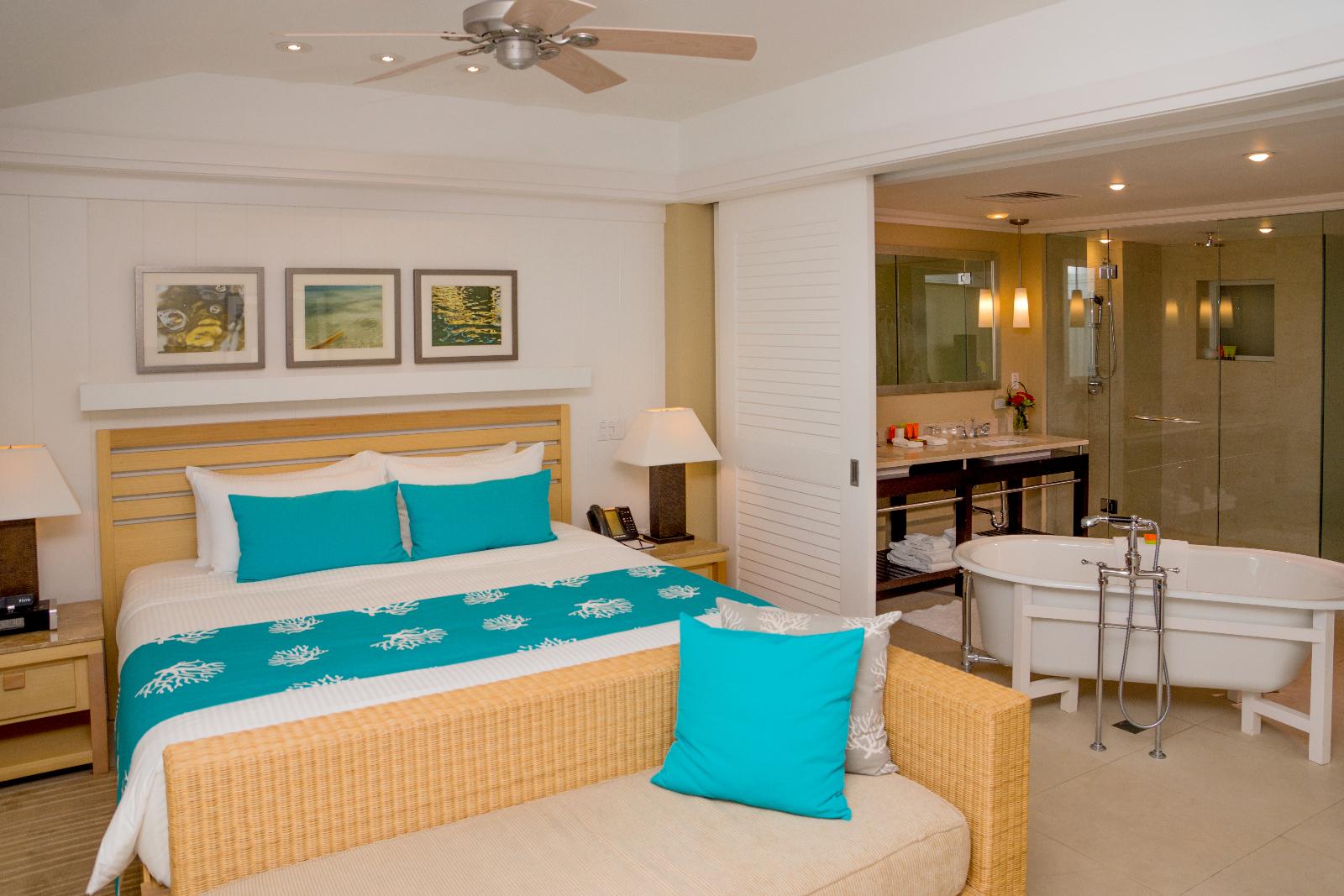 Lanai Room.jpg