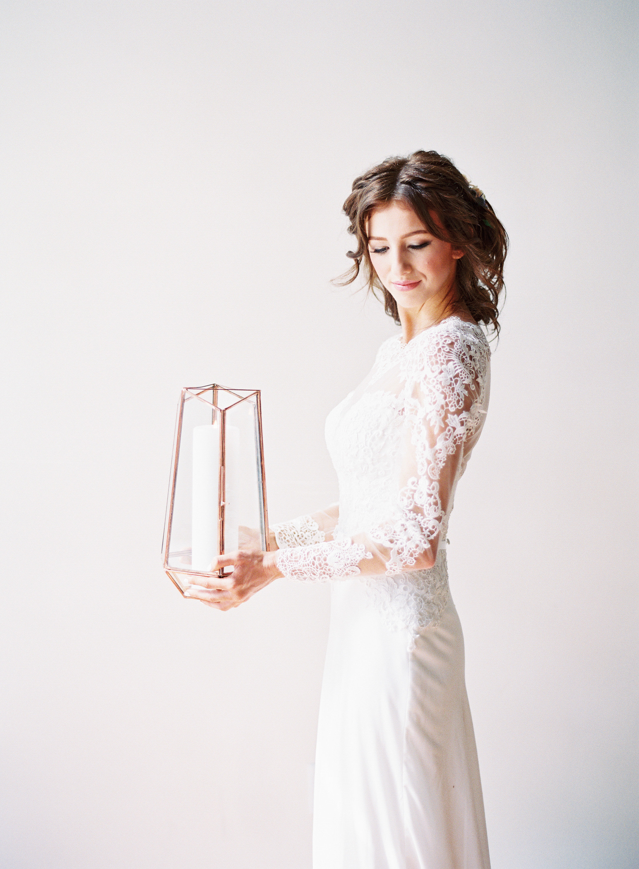 Rose Gold Wedding Details   The Loft on Pine Wedding   Green Apple Event Co   Sposto Photography