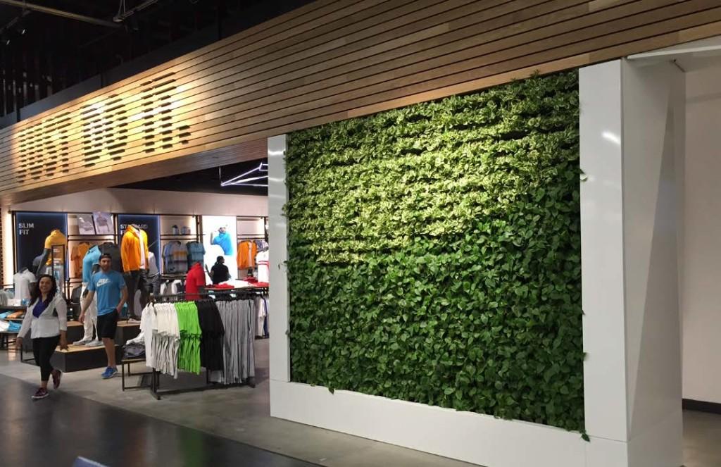 Nike-Roger-Dunn-Golf-Shops-1024x663.jpg