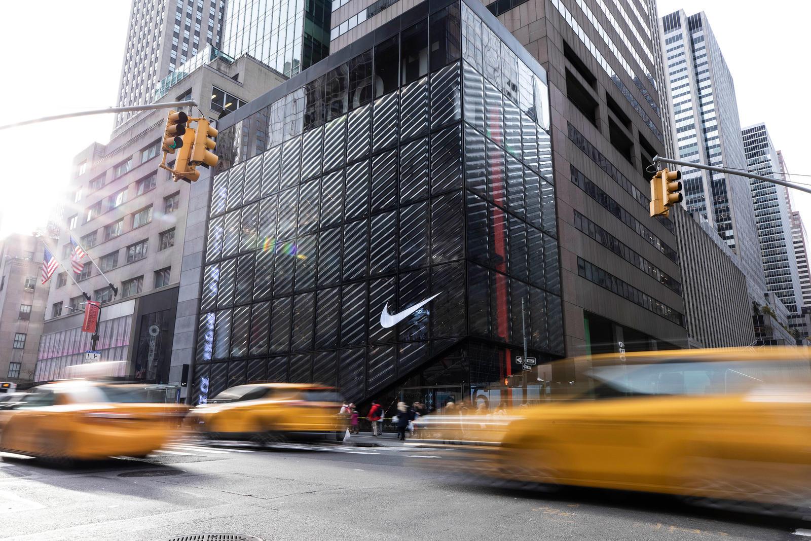 NikeNYC_HouseOfInnovation_hetrick_cleanselects_0087_native_1600.jpg