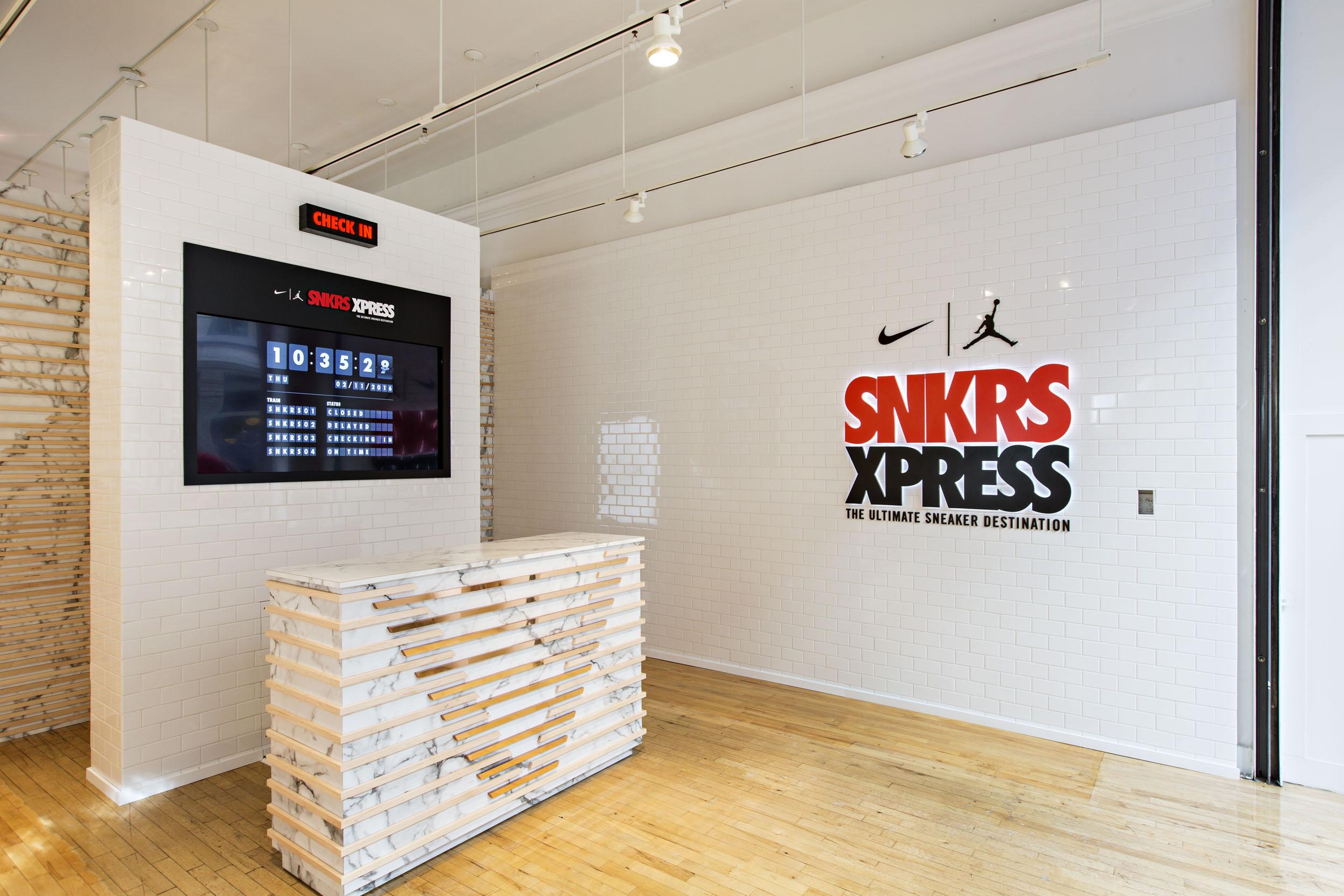 nike-snkrs-xpress-pop-up-nyc-1.jpg