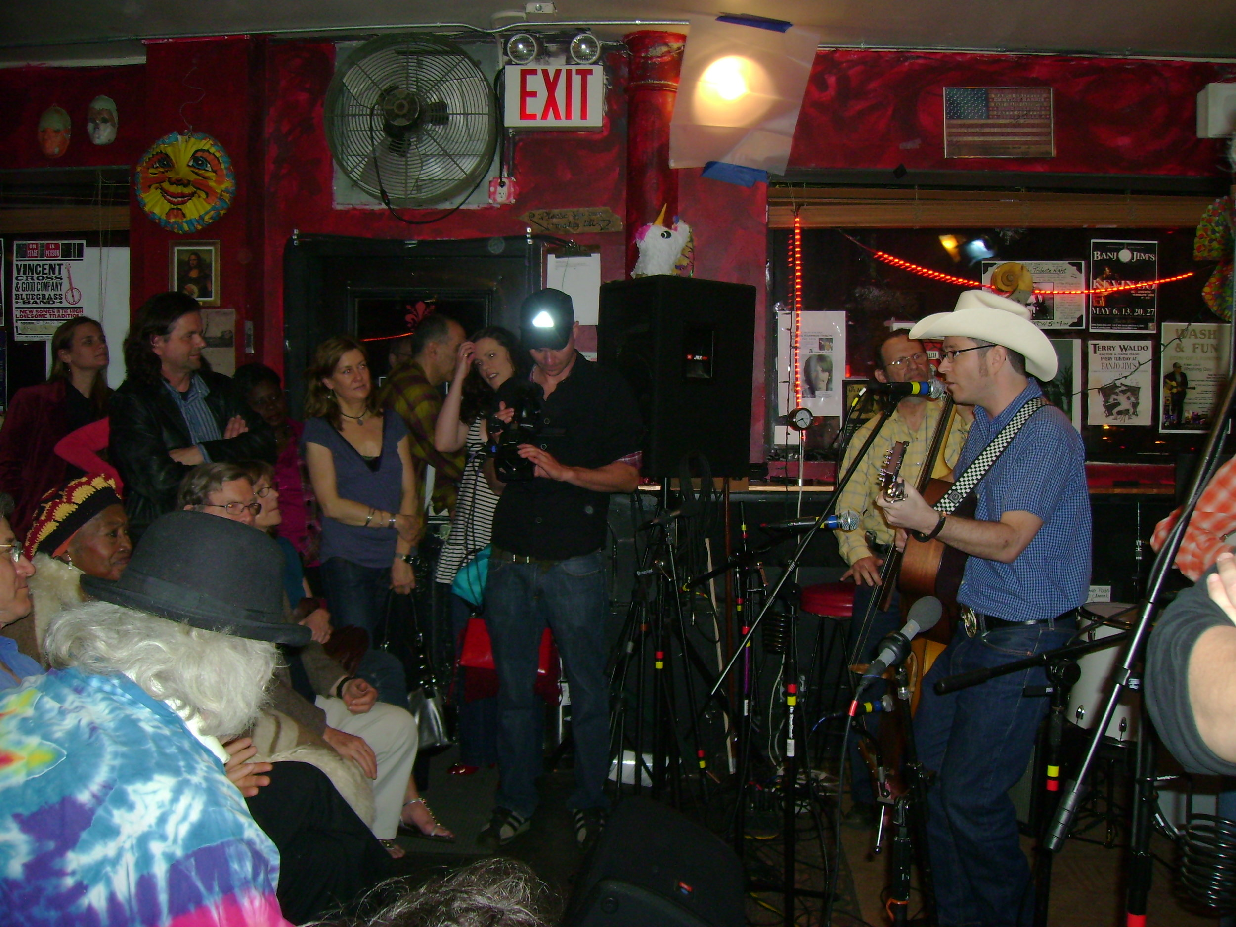 NYC, Banjo Jims 2008, playing for Odetta.