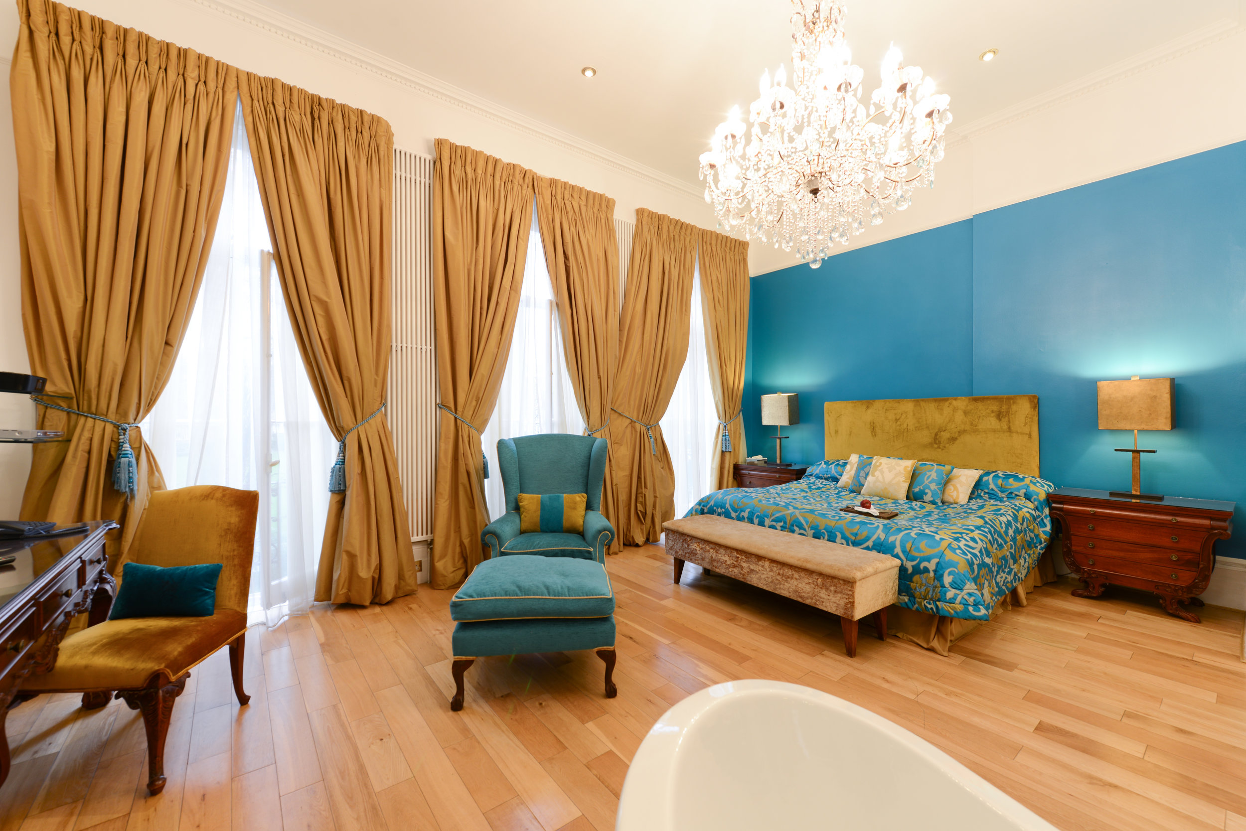 20 Nevern Square's Ottoman Suite