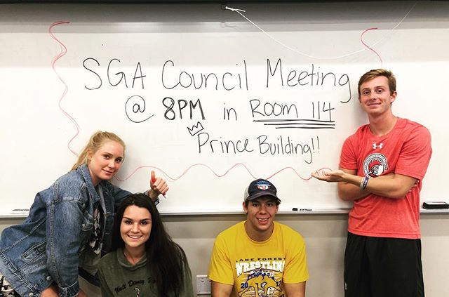 Meeting tomorrow night! 😎 We will be discussing Aves Got Talent, recycling, food improvement, and tailgating! All of our meetings are open and we encourage you to come to us with questions or concerns 🤩👏🏼👍🏼