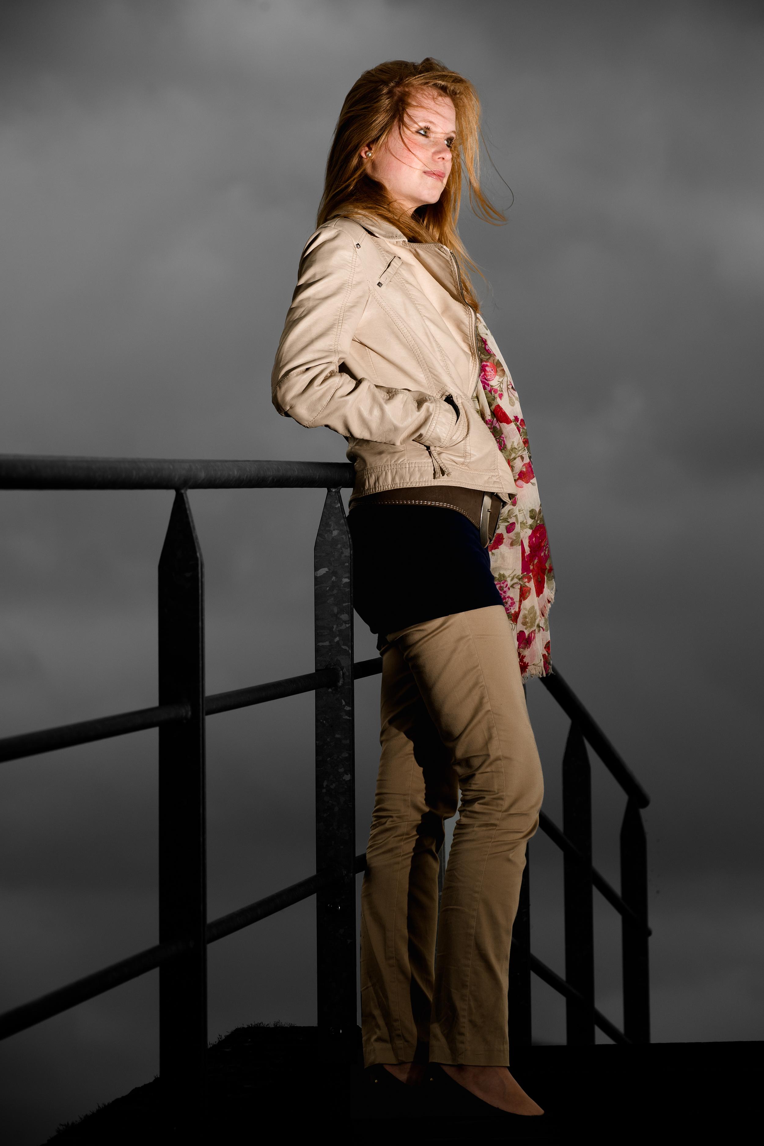Portret_Jenny_Boschmolenplas_20110330_0062-Edit.jpg