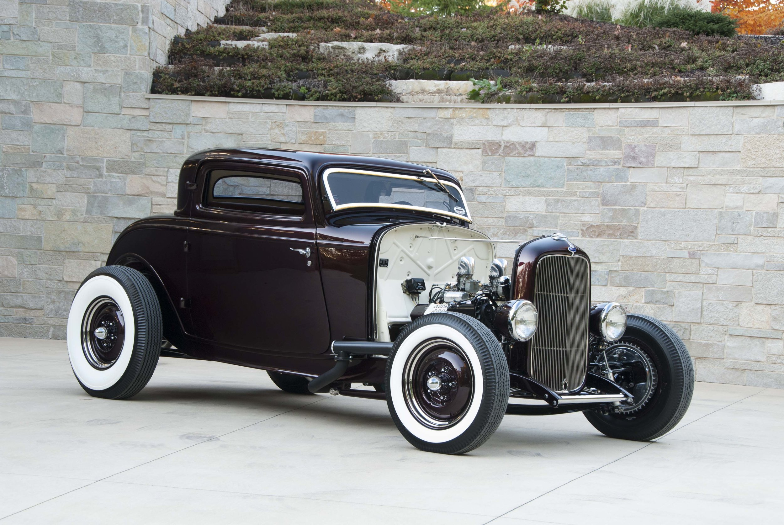 22-1932-ford-three-window-highboy-coupe-olds-rocket-start.jpg