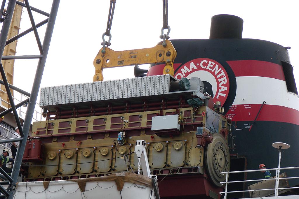 Algoville - MaK 8 M 43 C Marine Engine on the hook.jpg
