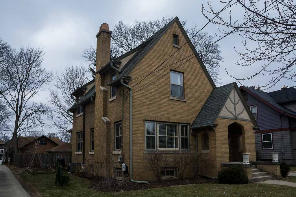 36 N Dubois Ave (1).JPG