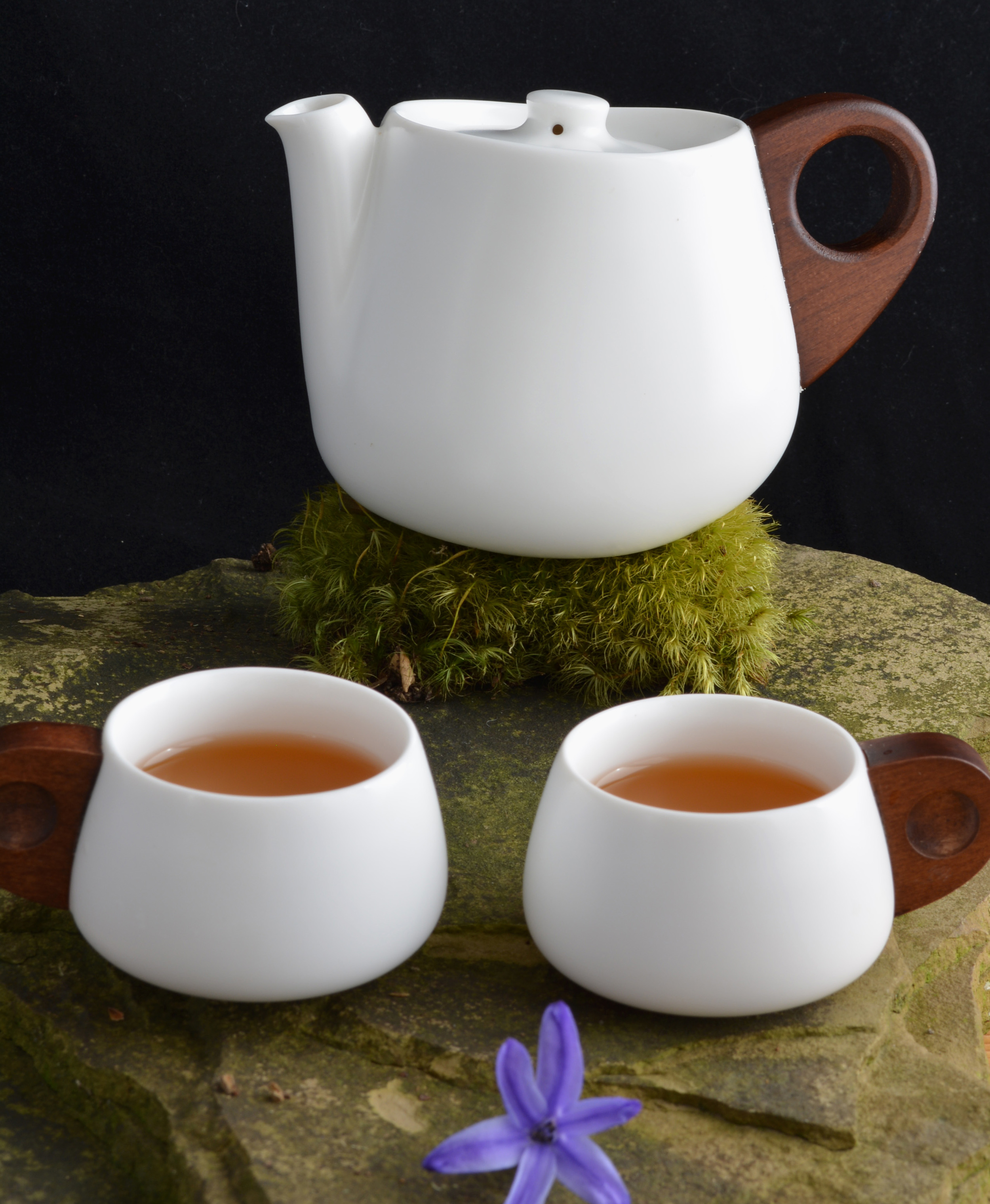 White Truth Teapot and cups.JPG