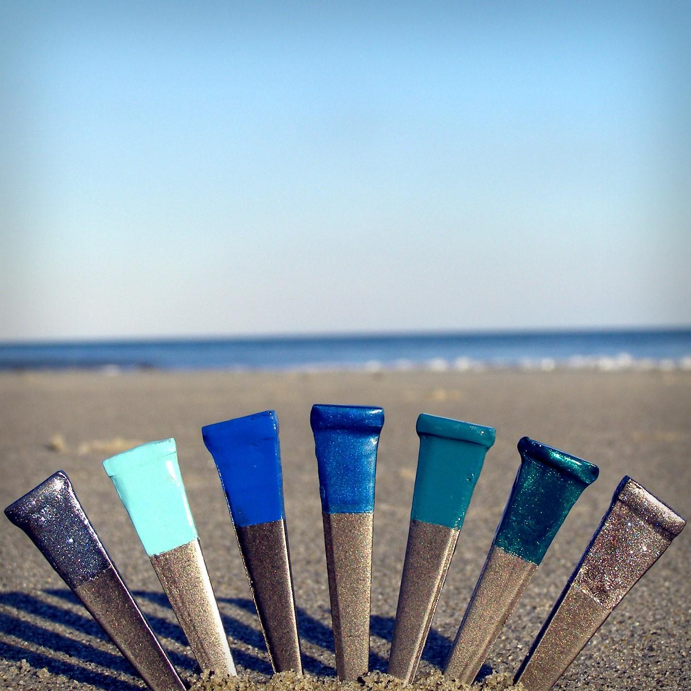 nail polish by the sea 2.jpg
