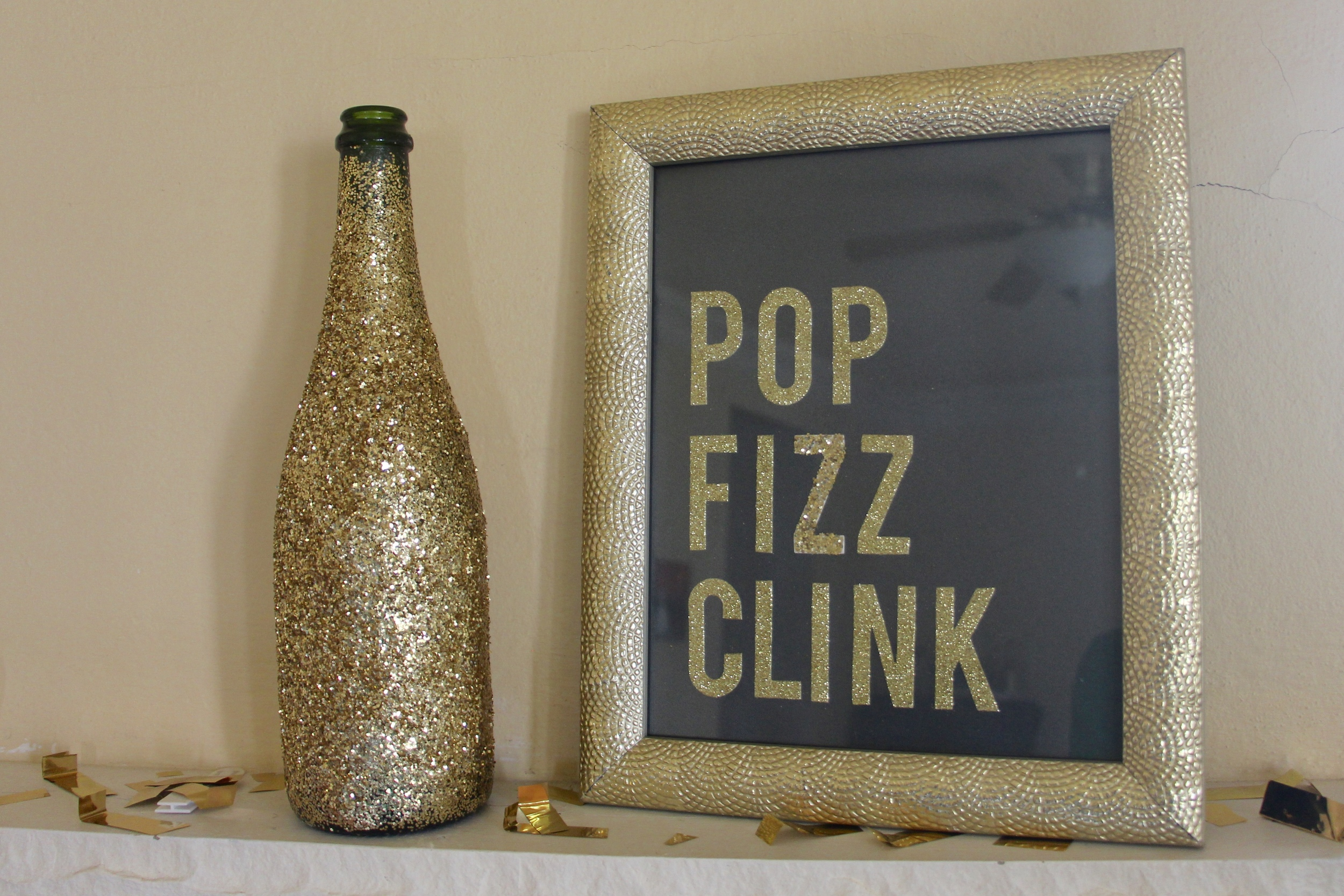 pop clink fizz sign