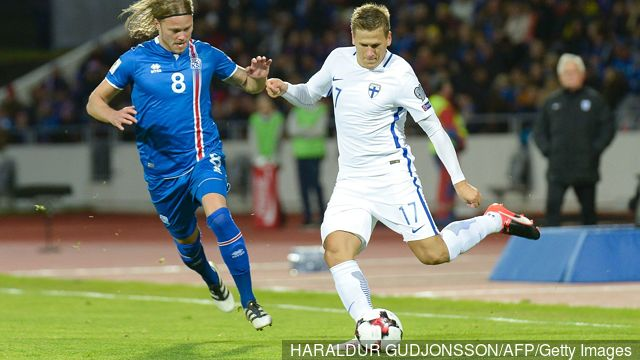 icelands_birkir_bjarnason_l_vies_with_finlands_robin_lod_during__623579.jpg
