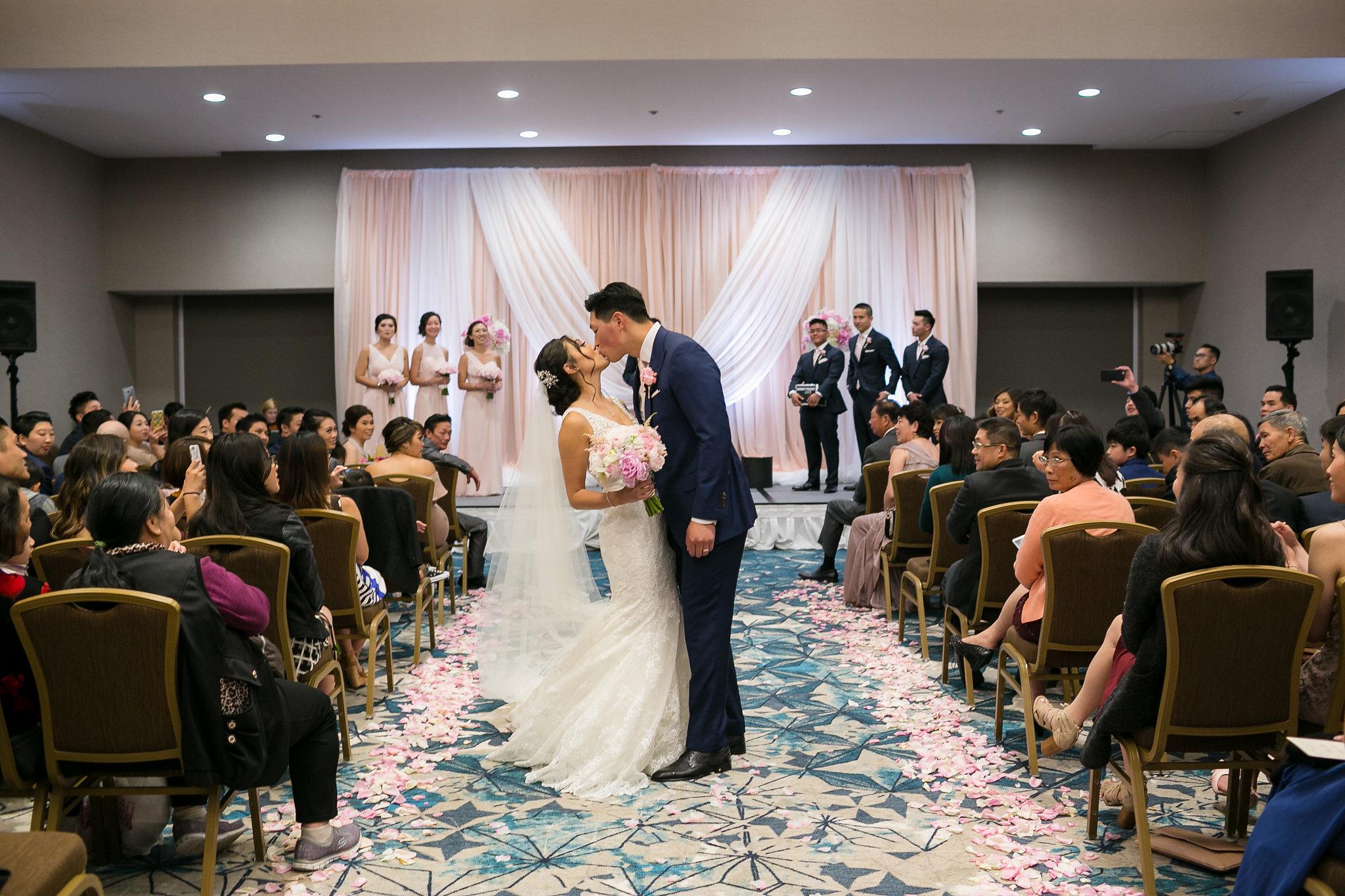 hotel Nikko San Francisco wedding photography-8.jpg