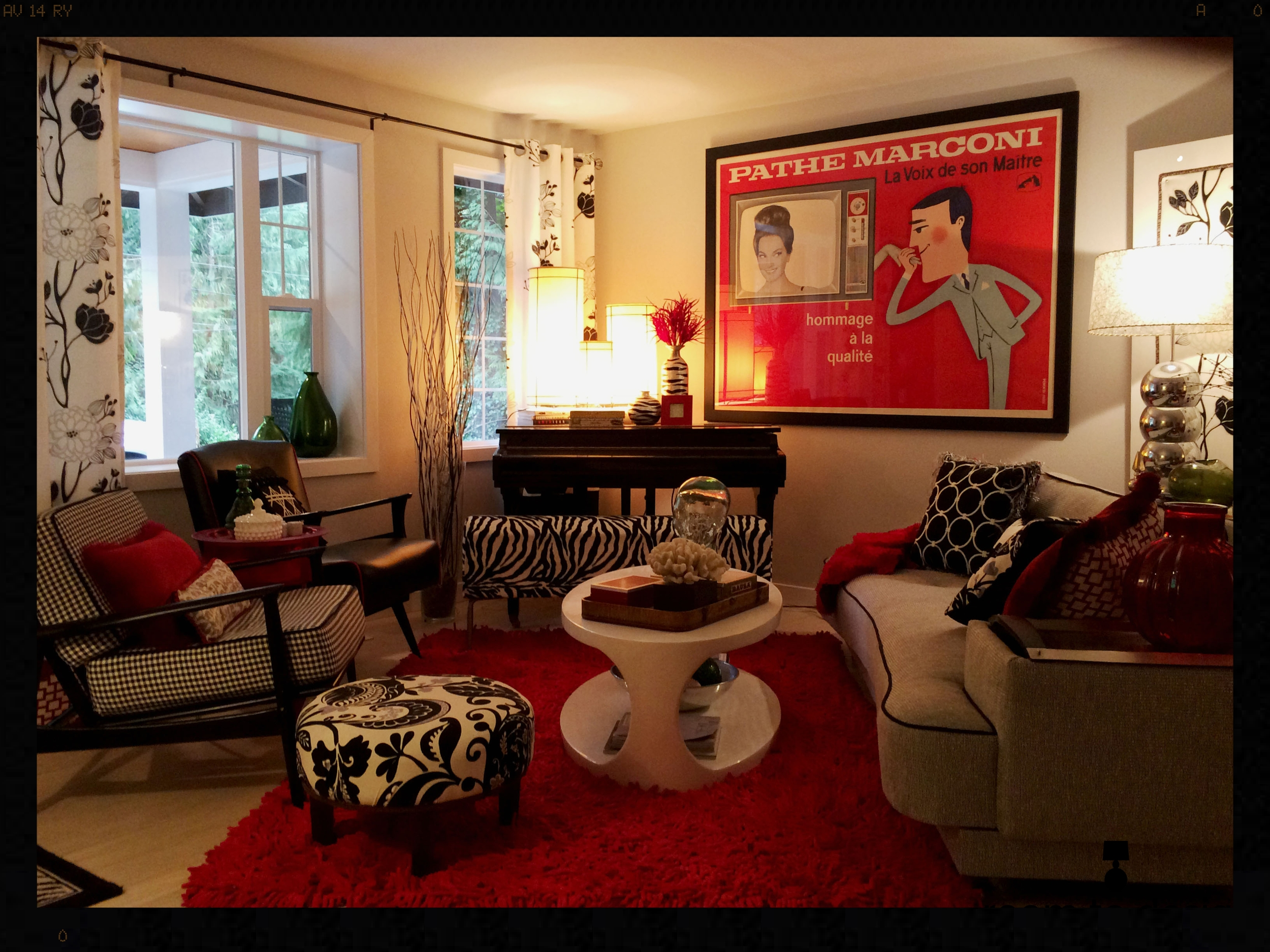 Woodniville Living Room Before