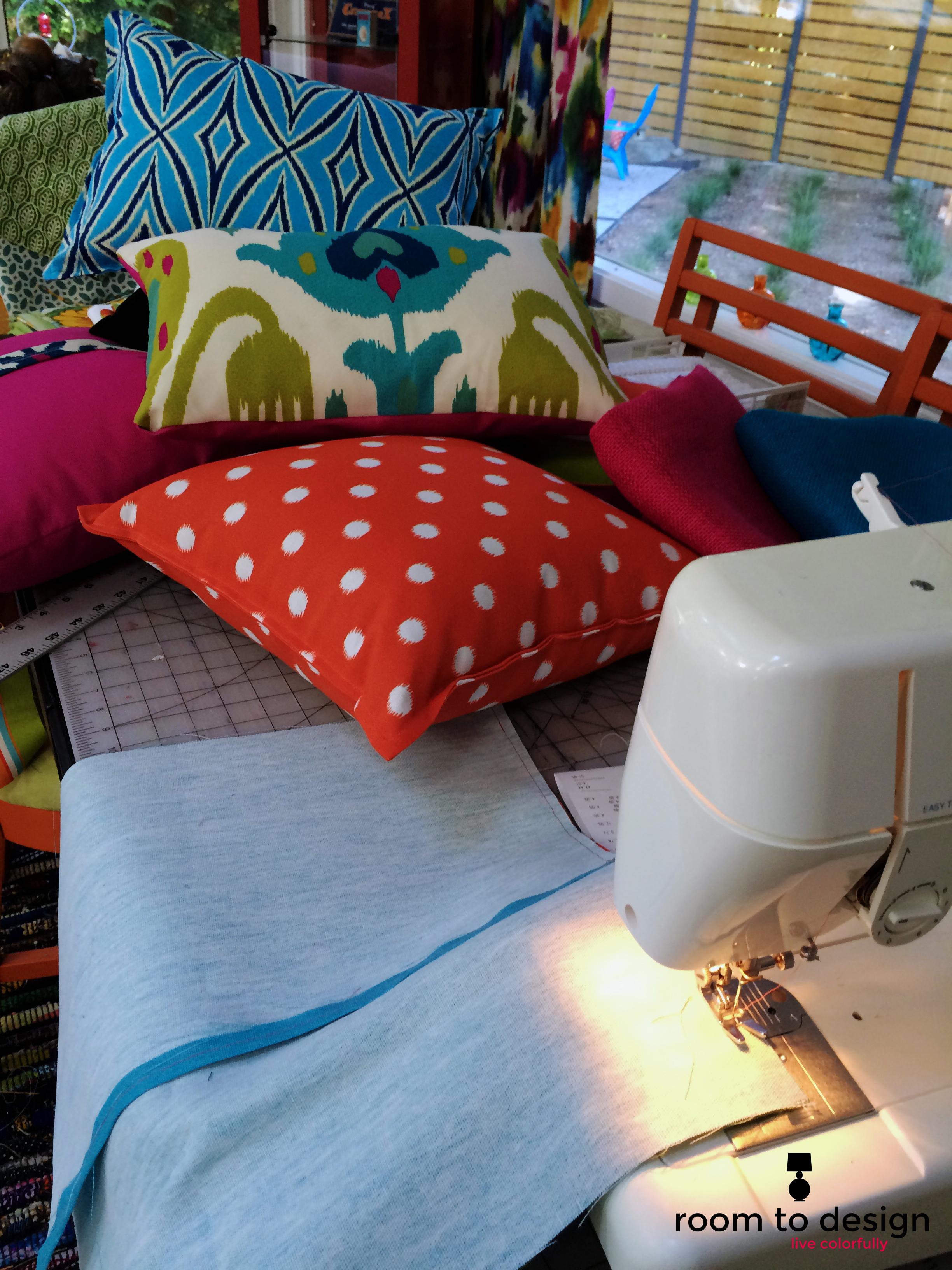 outdoor-pillow-tips.jpg