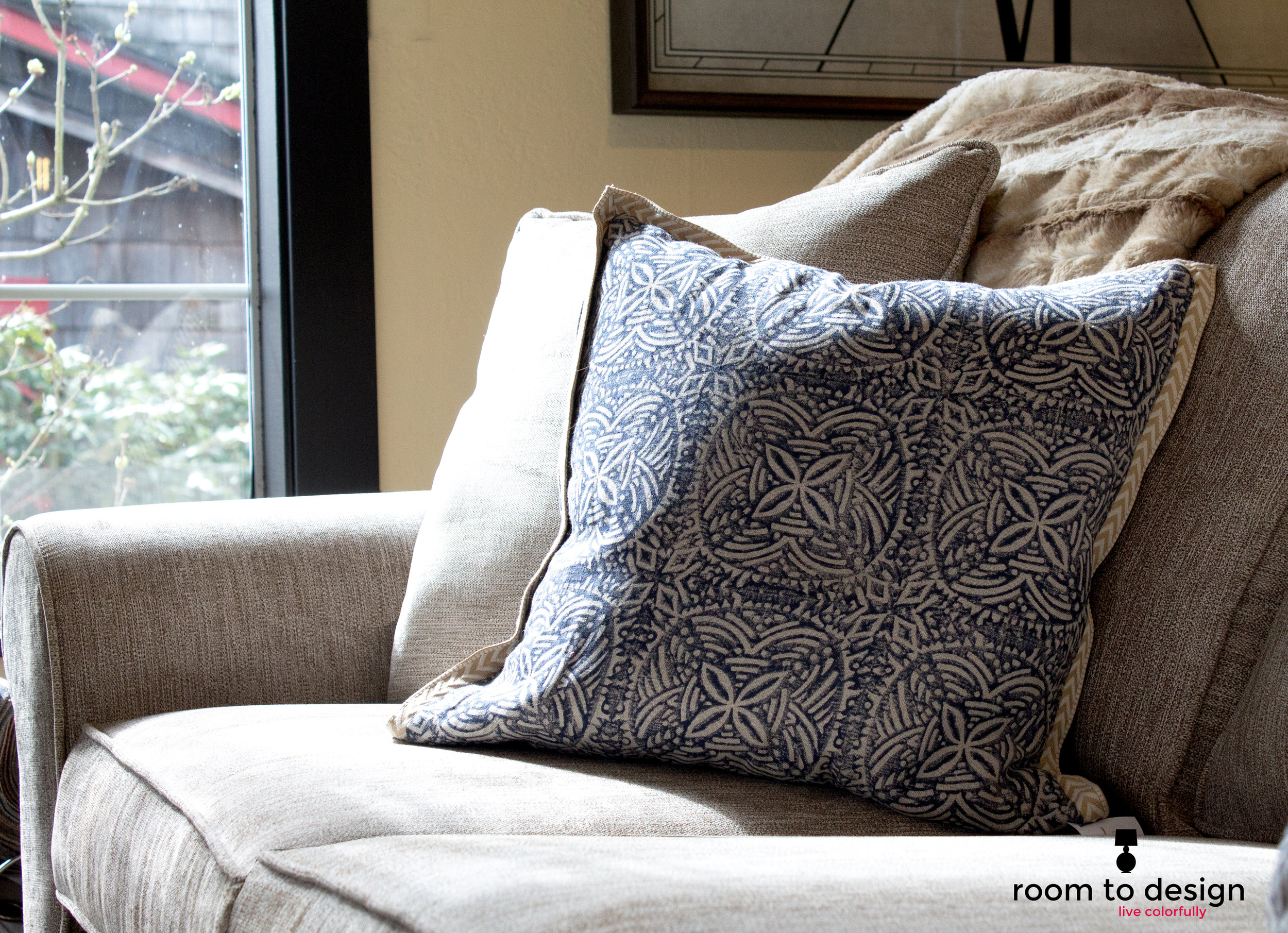throw-pillow-interior-designer-wodinville.jpg