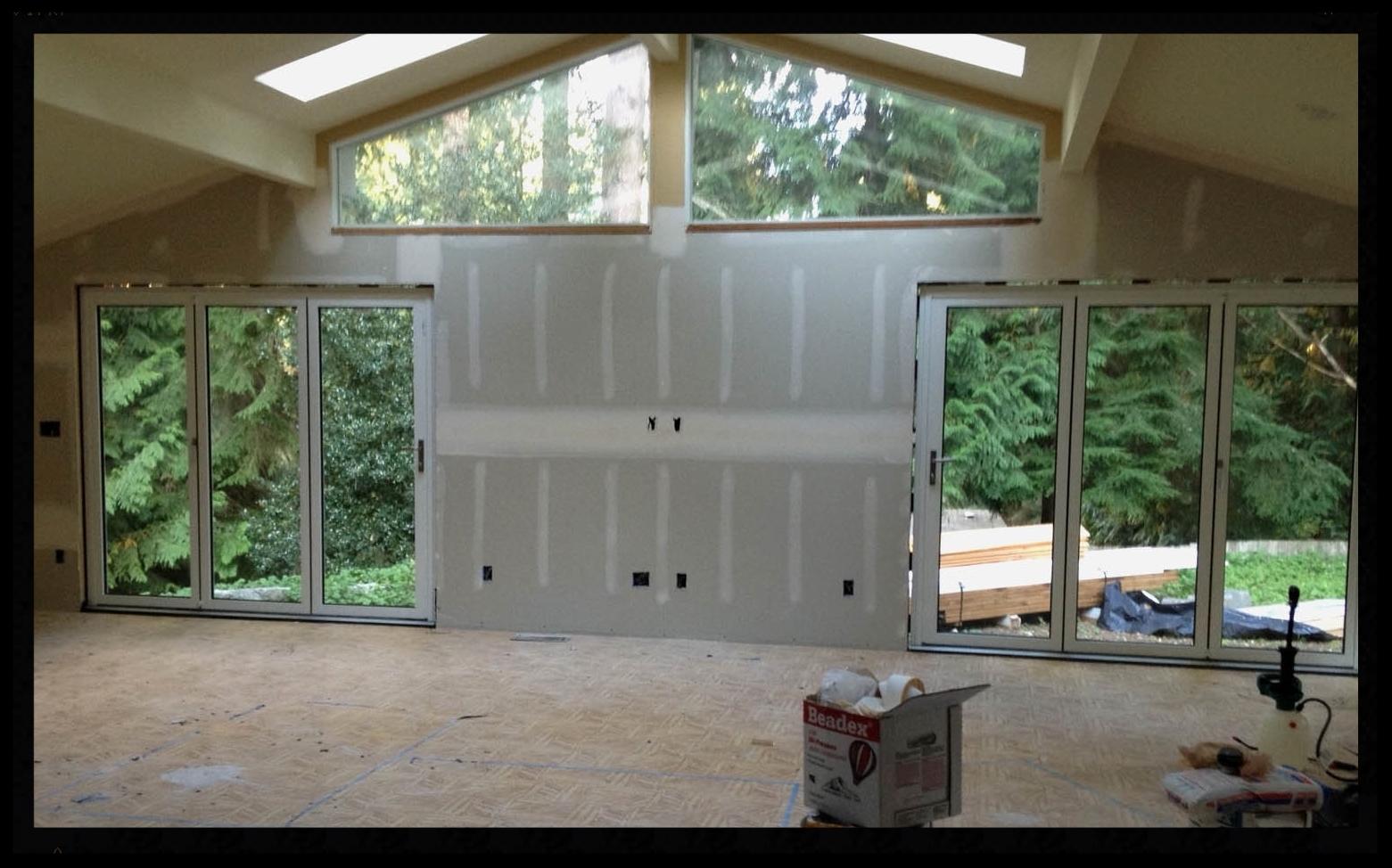 Woodinville Bellevue nanawall great room