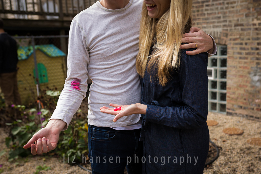 gender-reveal-photographer-winnetka-47.jpg