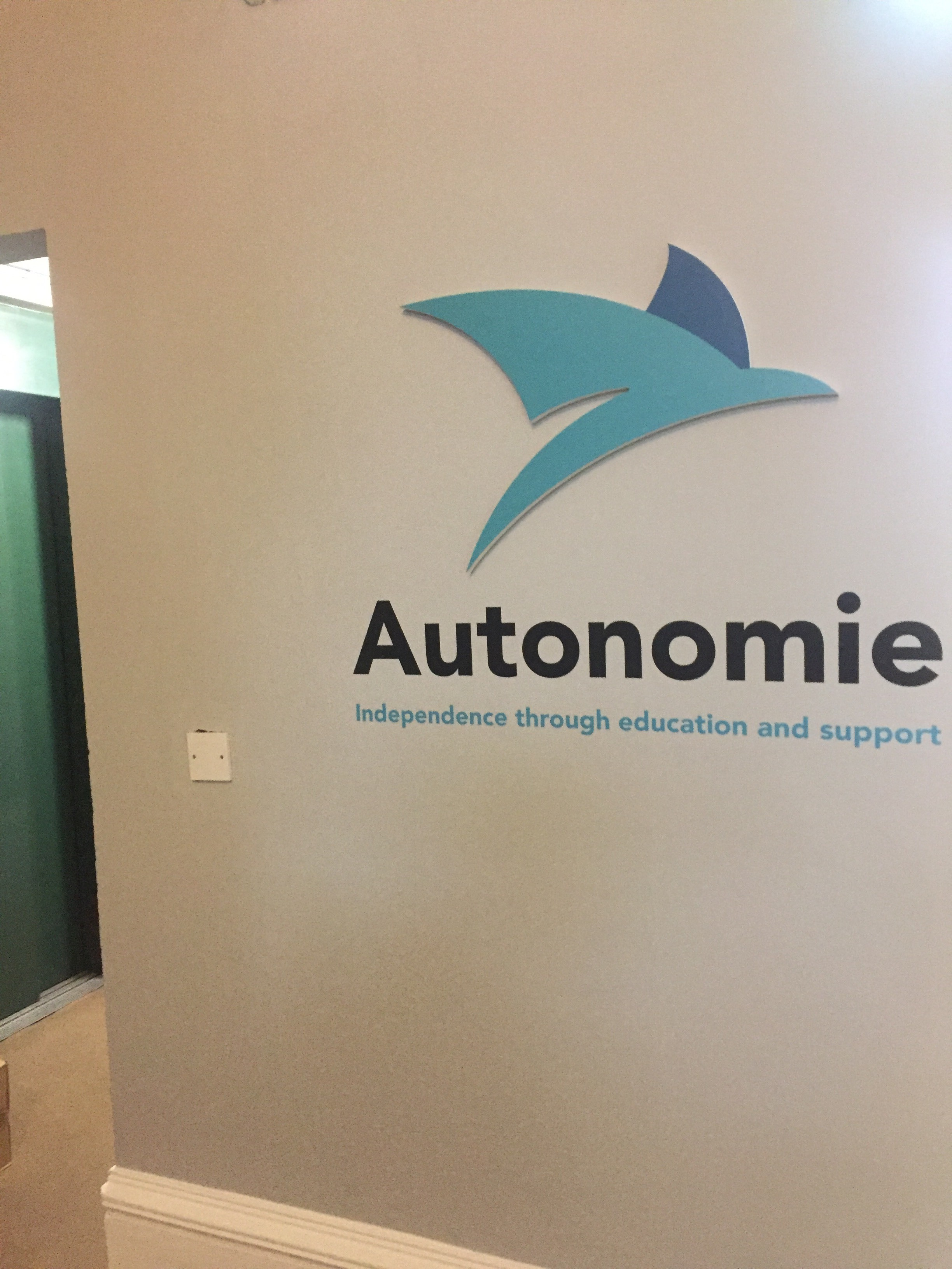 This fully accessible centre is a welcoming space, equipped with modern facilities. -