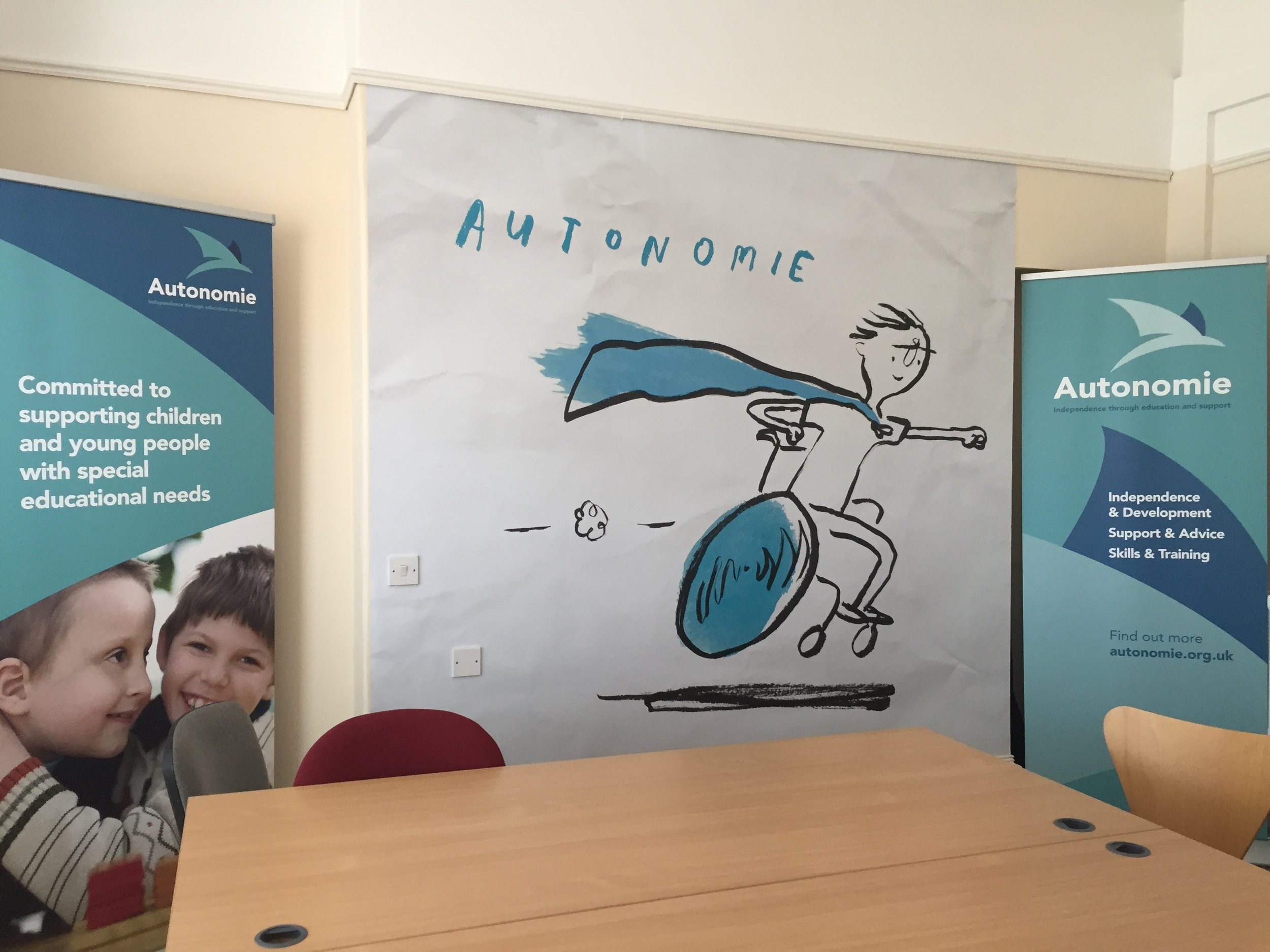 The 'Autonomie Superhero' takes centre stage in the new training room! -