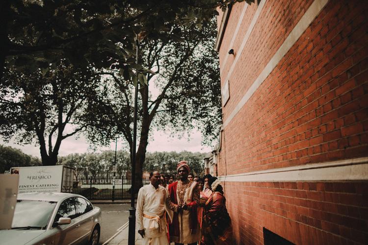 groom walks in london streets to hindu ceremony
