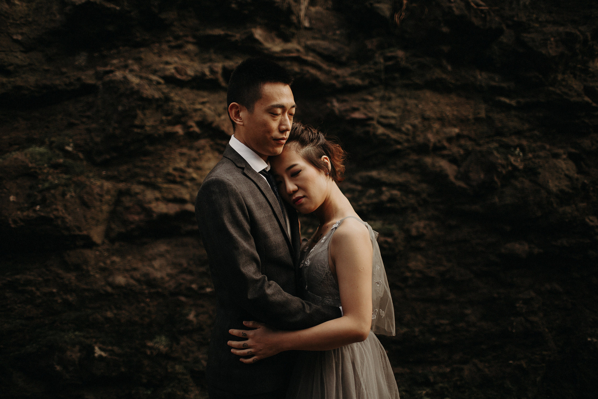 alternative elopement photographer in london