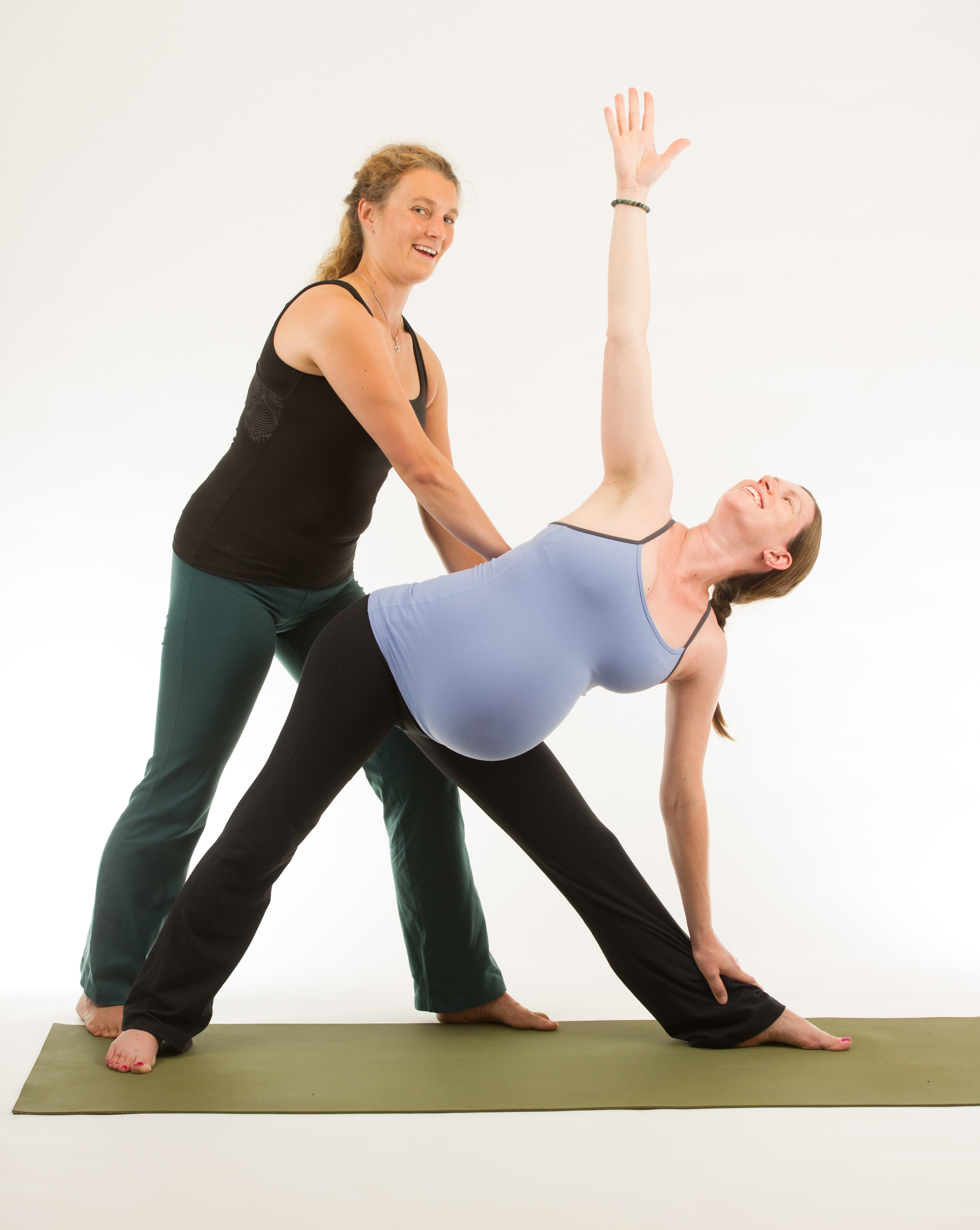 bec-conant-mommy-and-me-yoga
