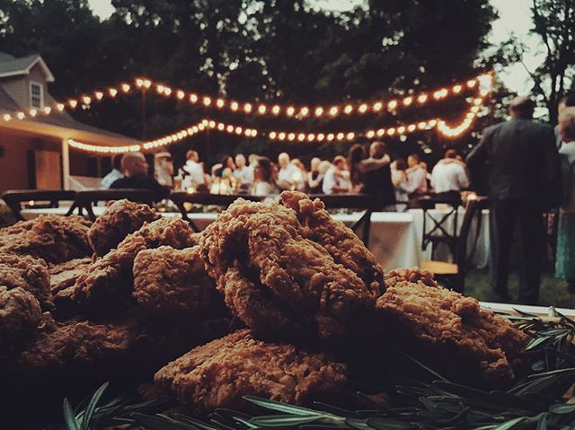 Who knew fried chicken could look so romantic✨✨✨ Love celebrating with our wedding clients 💕 #friedandtrue